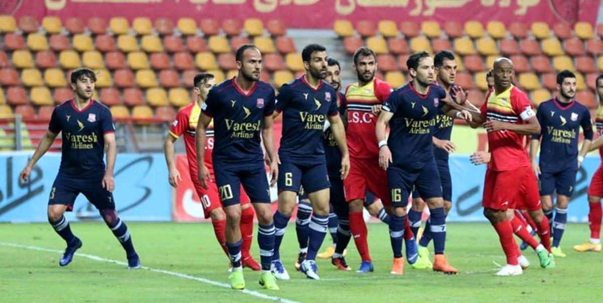 پیروزی فولاد 10 نفره مقابل نساجی مازندران