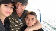 عکس قرنطینه فوق لاکچری رونالدو و خانواده اش!