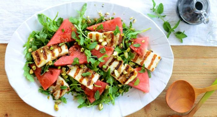 طرز تهیه سالاد تابستانی هندوانه