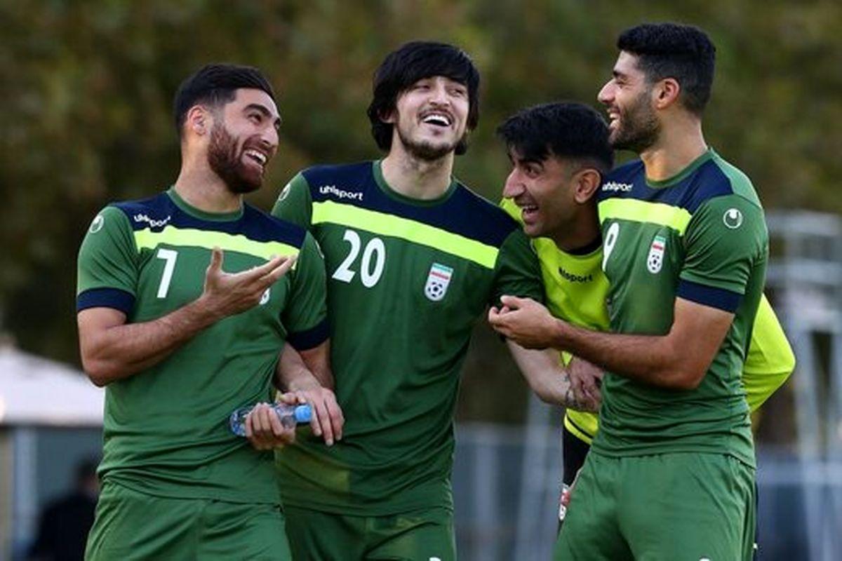 والیبال عالی بازیکنان تیم ملی فوتبال را ببینید