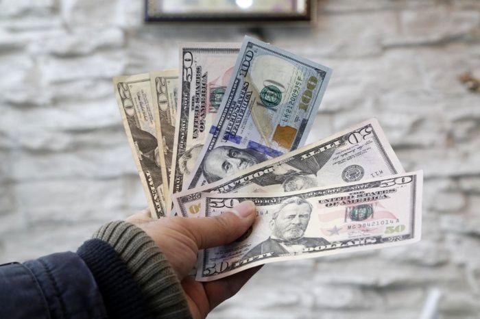 ریزش باورنکردنی قیمت دلار / دلار به 20 هزار تومان می رسد + پیش بینی دلار