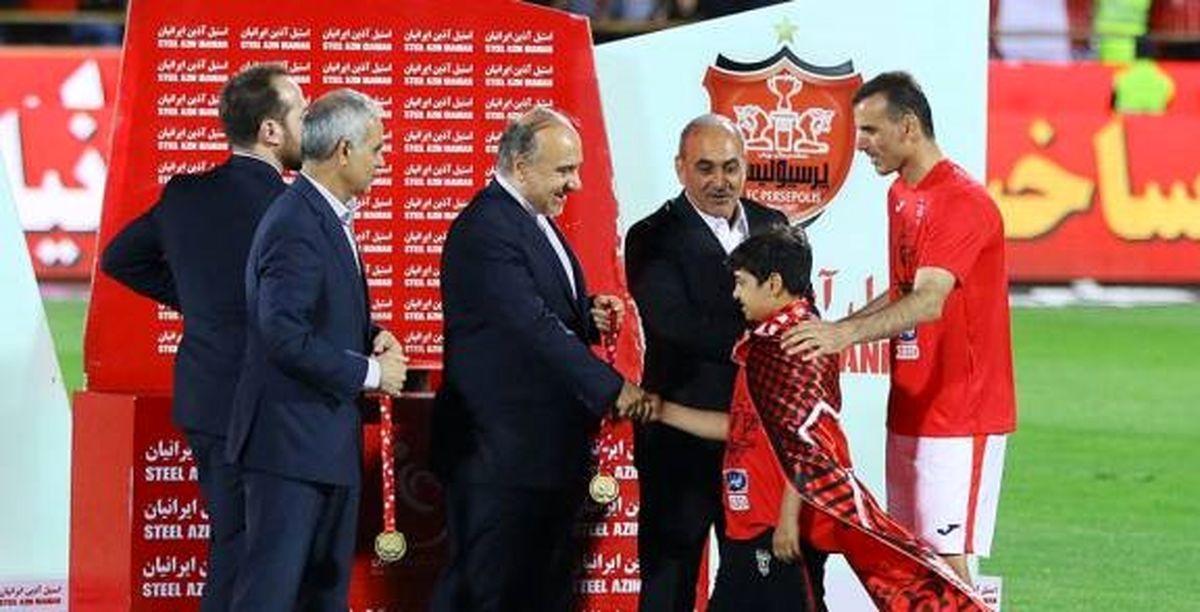 آمادگی جشن قهرمانی لیگ در دو ورزشگاه؛مسئولین در بازی پرسپولیس و پیکان