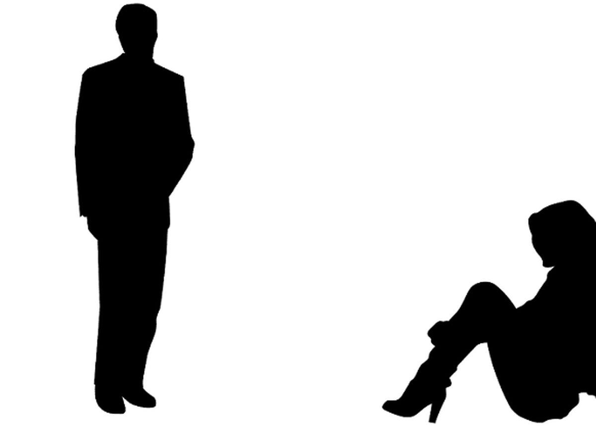 رسوایی همسر فوتبالیست مشهور در حین خیانت جنسی! / شوهر مچ همسرش را در خانه گرفت +عکس