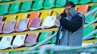 واکنش آذری به ابتلای ۱۶ عضو تیم به کرونا: فوتبال بازی کنیم تا یک عده بمیرند؟