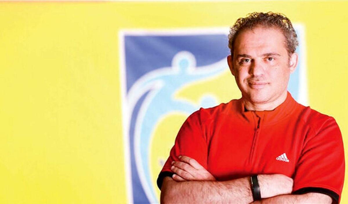 در فدراسیون فوتبال جنگهای داخلی به سود اصفهانیان وجود دارد